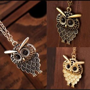 Jewelry - Owl Pendant Necklace / Vintage Pendant Necklace